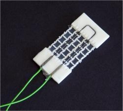 Este é o sensor piezoelétrico, responsável pelo controle do aparelho com as mãos. [Imagem: Empa]