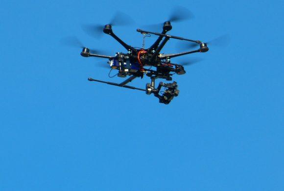 Espanha usa drones na luta contra o avanço do coronavírus