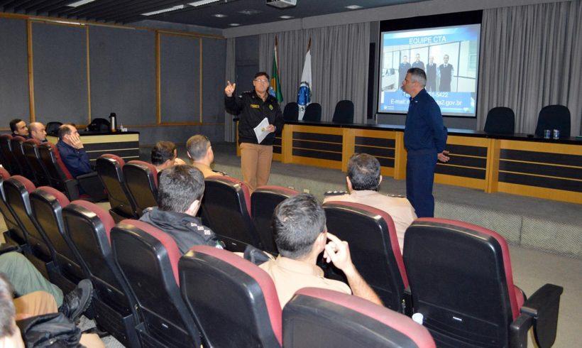 Polícia Militar do Paraná recebe orientações sobre o controle do tráfego de drones