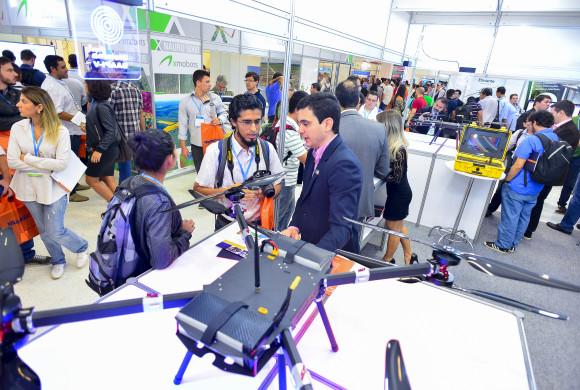 DroneShow Curitiba destaca a regulamentação do setor