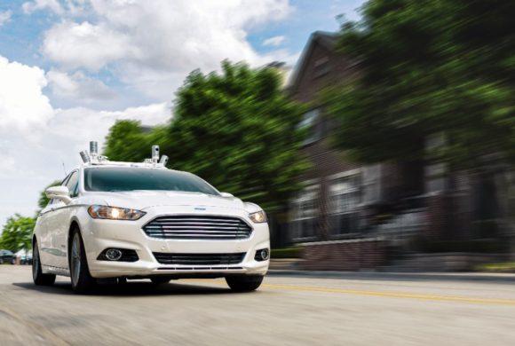 Ford estuda utilizar drones para guiar carros autônomos