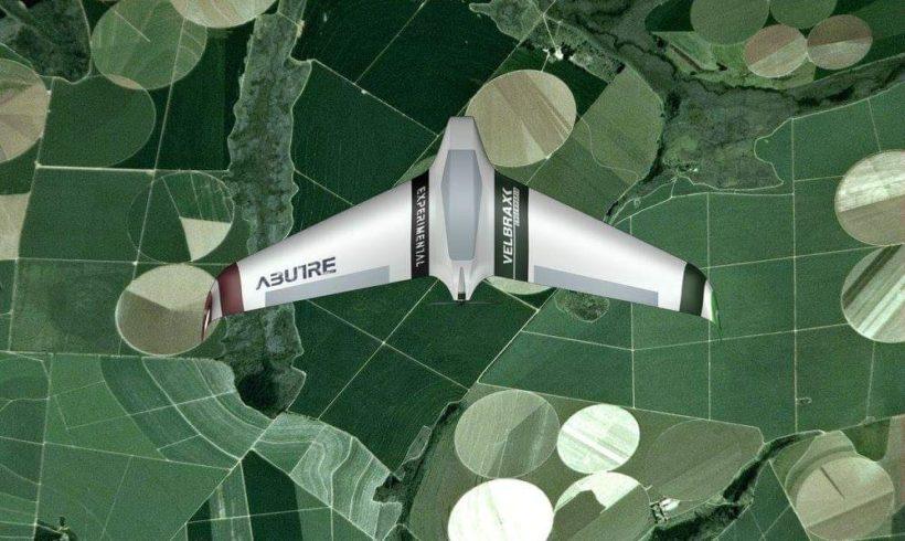 Startup projeta, produz e utiliza drones na agricultura de precisão