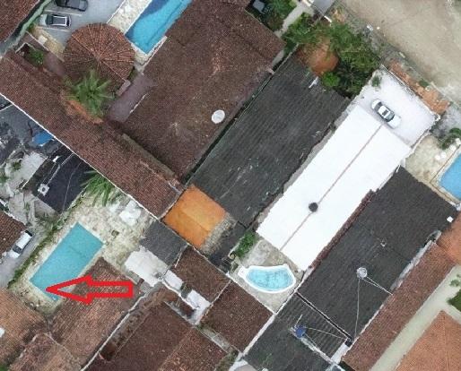 Um dos lados da borda da piscina Artigo: Mapeamento sem pontos de apoio em solo funciona?