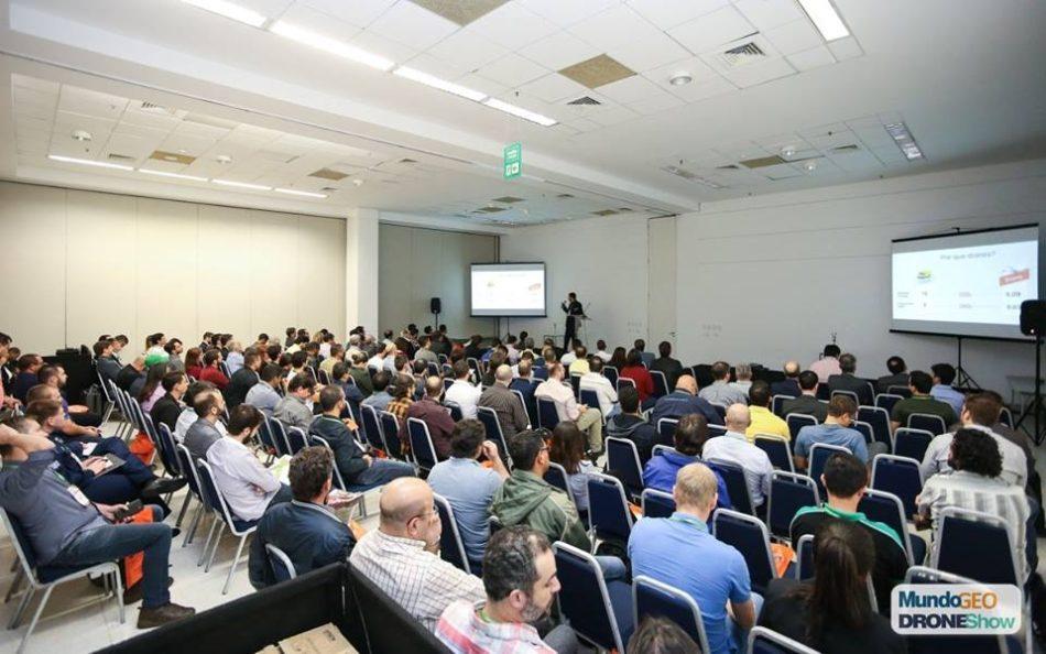 Auditório do DroneShow 2018, realizado em maio passado na capital paulista