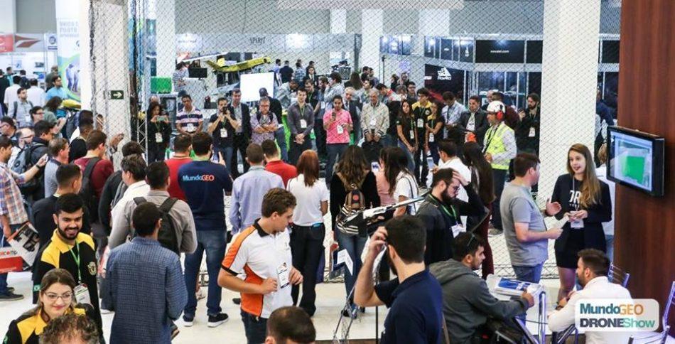 corredores da feira droneshow 2018 950x484 DroneShow Plus 2018 conta com mostra gratuita de tecnologia