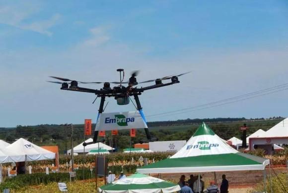 Drones revolucionam a produção agrícola e melhoram resultados no campo