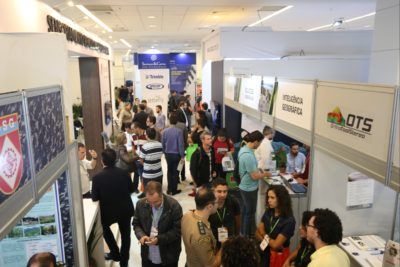 droneshow 2018 corredor 400x267 MundoGEO#Connect and DroneShow consolidate as the biggest events in the sector in Latin America