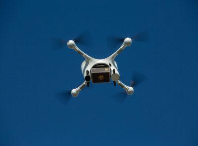 entrega da ups com drone