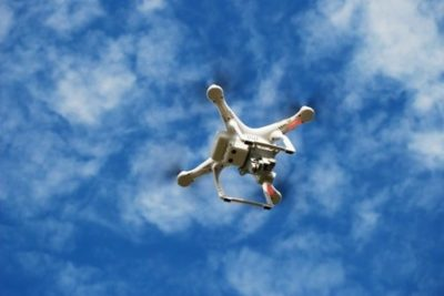 orientações sobre pilotagem de drones e meteorologia