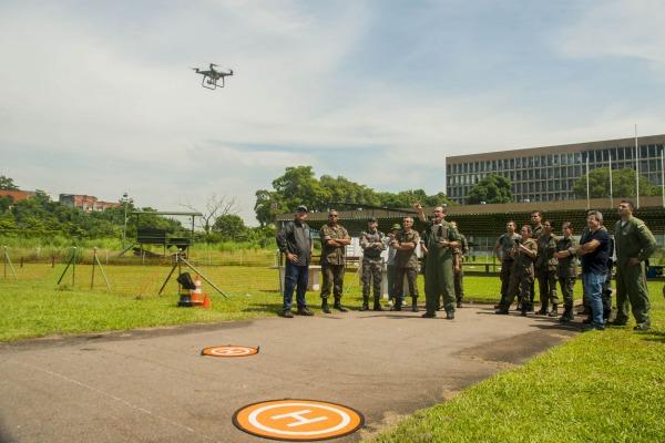 DECEA treina operadores de drones para levantamento topográfico